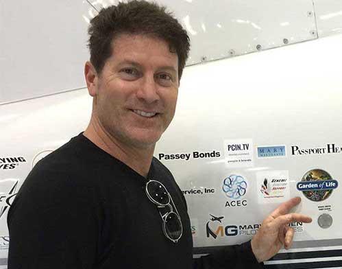 Brand Ambassador Piolt Robert Delaurentis
