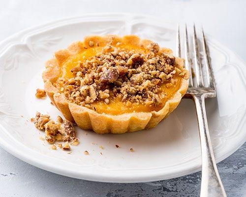 Paleo pumpkin spice pie bites