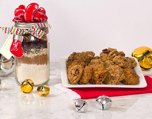 DIY mason jar oatmeal cookies