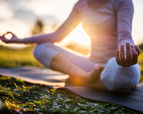 5 Advantages to Keeping Meditation in Mind